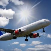Náhrady za zpožděný let? Dopravci se vymlouvají, vytrvalým ale zaplatí